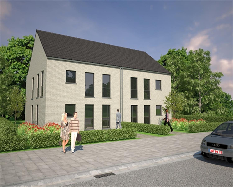 Rustig gelegen verkaveling met 4 halfopen woningen te Willebroek