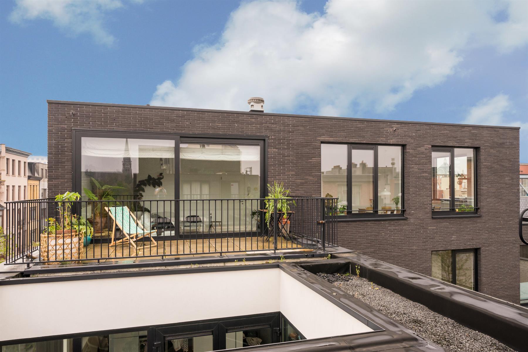 Recent 2 slpk duplexapp met groot terras