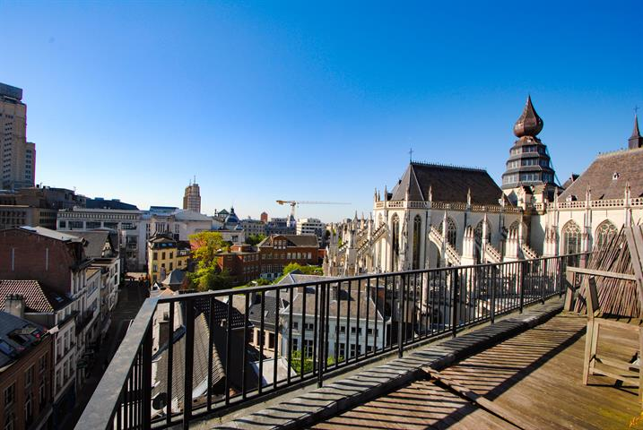 Penthouse 100m² met adembenemend zicht over historisch Antwerpen
